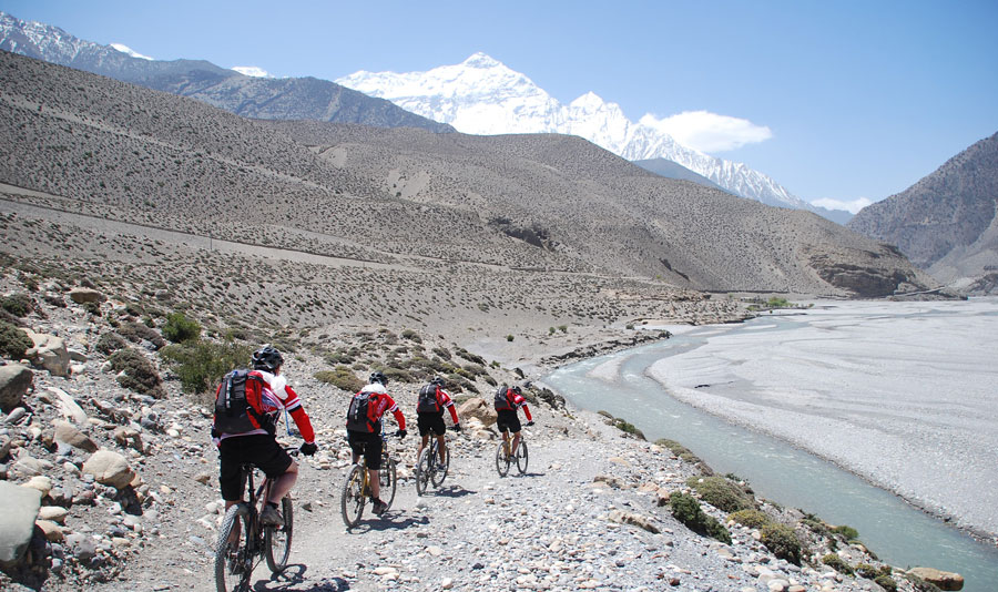 Tibet Mountain biking tour